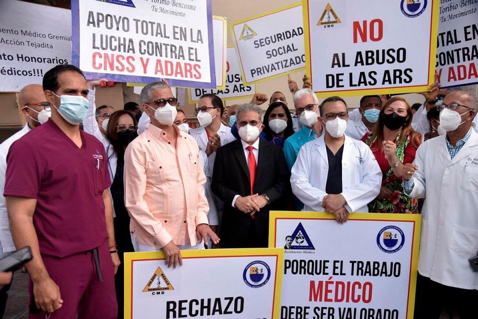 CMD protestan en contra ARS.