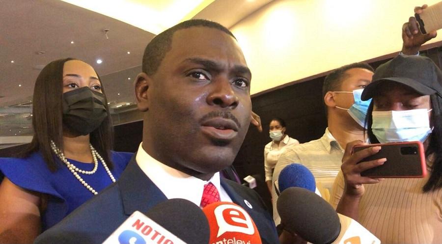 Candidato presidencial haitiano pide comunidad internacional no dejar problemas Haití a RD.