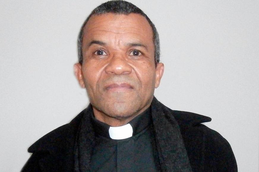 Ricardo Fajardo acusado de abuso sexual.