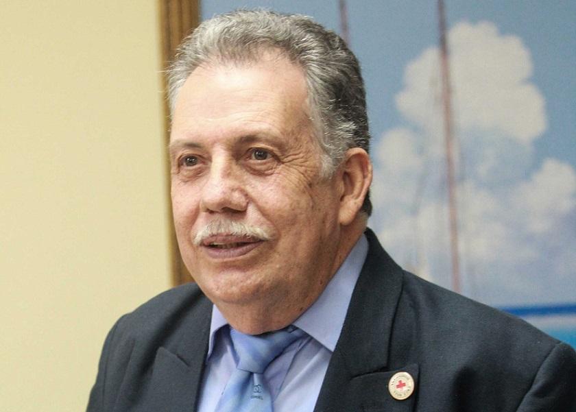 Presidente Cruz Roja llama jóvenes dominicanos vacunarse contra la covid.