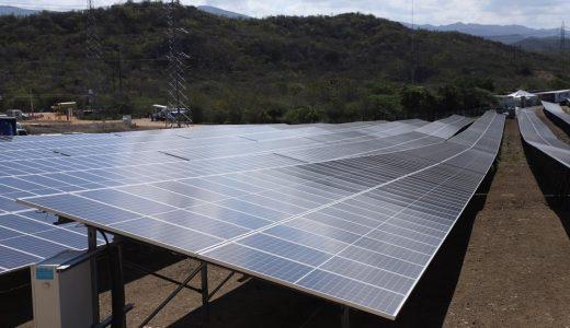 Parque de generación eléctrica de fuente solar fotovoltaica AES Bayasol.