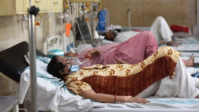 Pacientes indios ingresados por coronavirus.