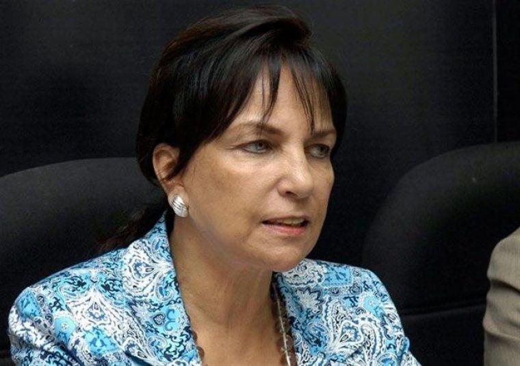 Peggy Cabral secretaria de Relaciones Internacionales PRD.