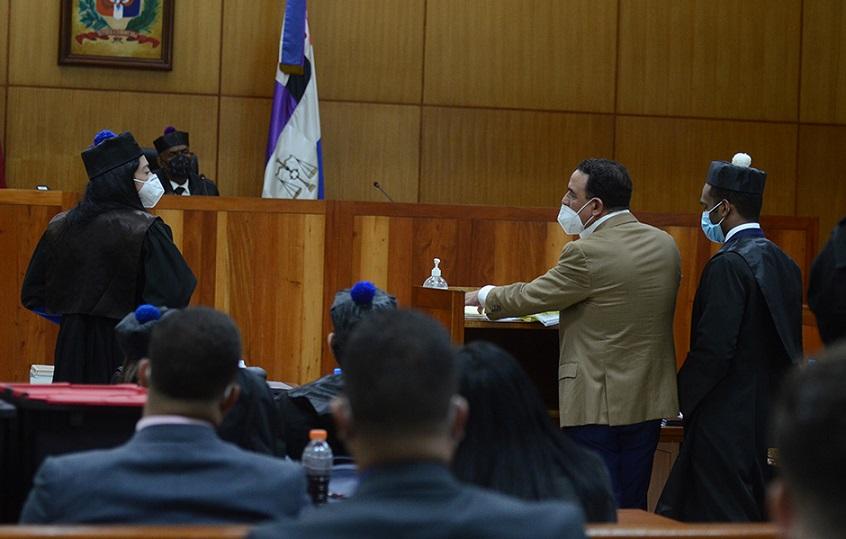 Alexis Medina recusa juez conoce revisión medida coerción.