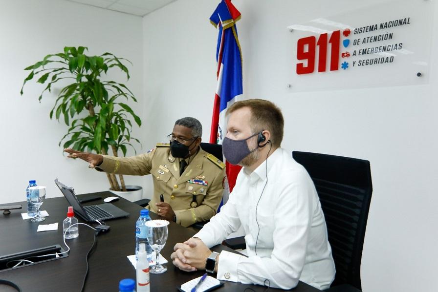 Comisión de la Embajada de Estado Unidos visita Sistema de Emergencias 9-1-1.