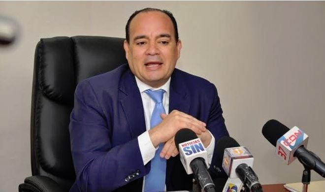 Miguel Surún Hernández pide aclarar incidente policías mataron abogados.