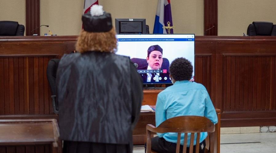 Abogados condenan juicios virtuales en tribunales de República Dominicana.